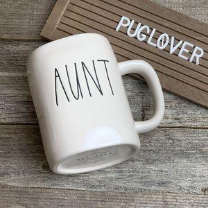 "New! RAE DUNN mug ""AUNT"" HTF 🎁"